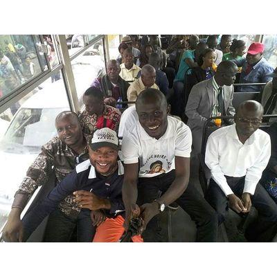 En route pour Bordeaux la nova avec les Mbuta de L'ASSACOM...