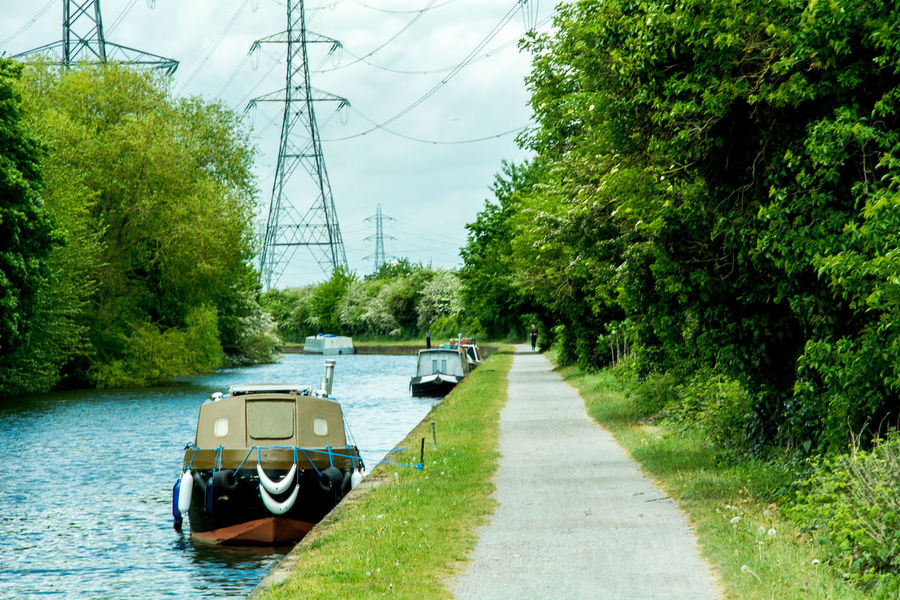 Boatlife Boats Bycicle Channel Cycle Track English Channel Fitness Get In Shape  House Boat Living On A Boat Outdoors Photograpghy  Park Running Ships Summertime Training Travel Photography Walking By The Water Walking Track Workout
