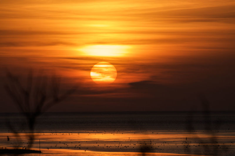 Beach Photography Beauty In Nature Day Hoffi99 Horizon Over Water Lower Saxony Nature No People North Sea Coast North Sea Region Orange Color Outdoors Reflection Scenics Sea Sky Sun Sundown Sunlight Sunset Tranquil Scene Tranquility Water Yellow