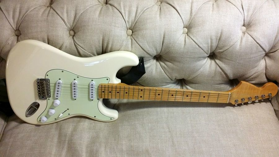 Guitar Strat Stratocaster Diyguitar Partscaster Gwen Reversed Neck White Guitar White Strat Electric Guitar Beauty Resting Musical Instrument Musician Rock Rock'n'Roll 기타 스트랫 악기 록