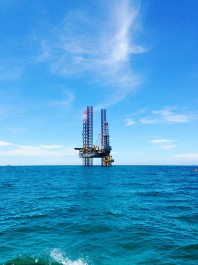 beauty in the sea Drilling Rig Offshore Platform Oil Industry Sea Fuel And Power Generation Business Finance And Industry Water Industry Rippled Sky Oil Field Well  Drill Natural Gas Oil Fossil Fuel Crude Oil Oil Well