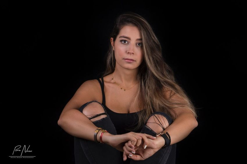 Black Background Young Adult One Person Studio Shot Beautiful Woman Looking At Camera Portrait Indoors  One Young Woman Only Wristwatch (null)Black Background Females BestEyeemShots PouriaNaseri© PoucoFotografia©
