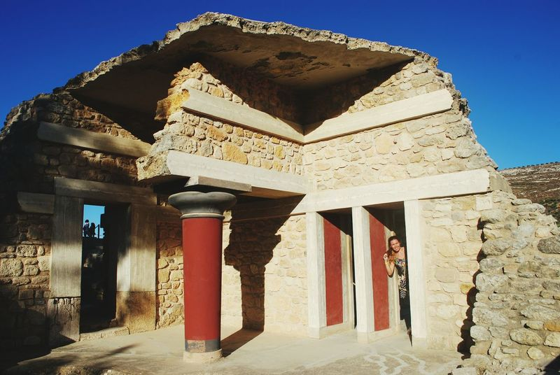 Knoss Heraclion Knossos Aricitecture Sunshine Sky Redblue Red Color Blue Sky Blu Breaks Excavations Archeology Palace Knossos Palace Minos Knossos
