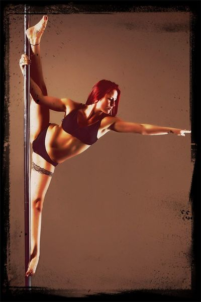 Pole Dancing Contortion