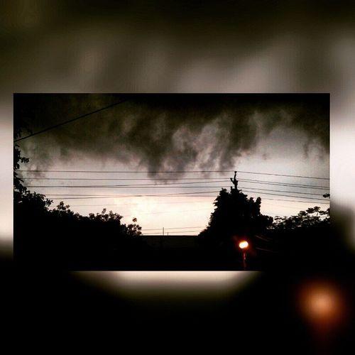 When those black clouds covered d sky! Recentshot 2Colors Clouds Mi3 ™
