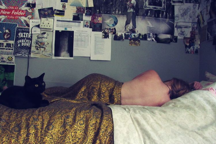Keeping the stillness in the midst of chaos. Bedroom Relaxation Domestic Cat Indoors  One Person Bed Gold Grungegirl Grunge Artistic Back Photoshoot Photography Artistic Expression EyeEmNewHere EyeEmNewHere Long Goodbye Long Goodbye Letting Go