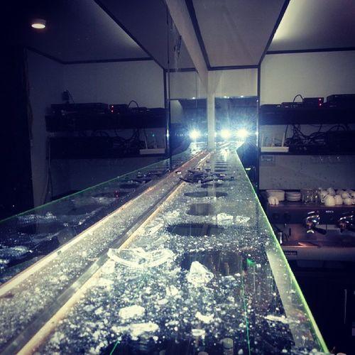 HDR Mkr_rodniki Broken_bar Glass