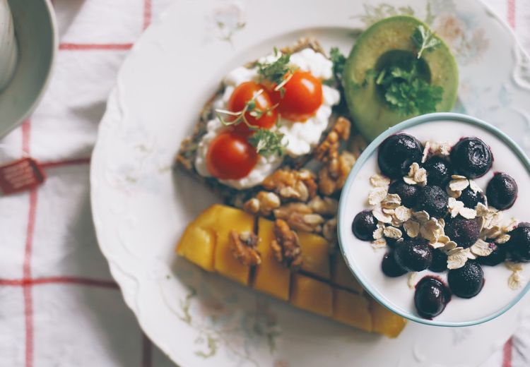 Healthy Eating Food Food And Drink Bowl Close-up Breakfast Ready-to-eat Indoors  Freshness No People Day Walnut Indoors  Healthy Lifestyle High Angle View Serving Size Blueberry Top View Tasty Freshness Yogurt Blueberries Breakfast Food And Drink Good Morning