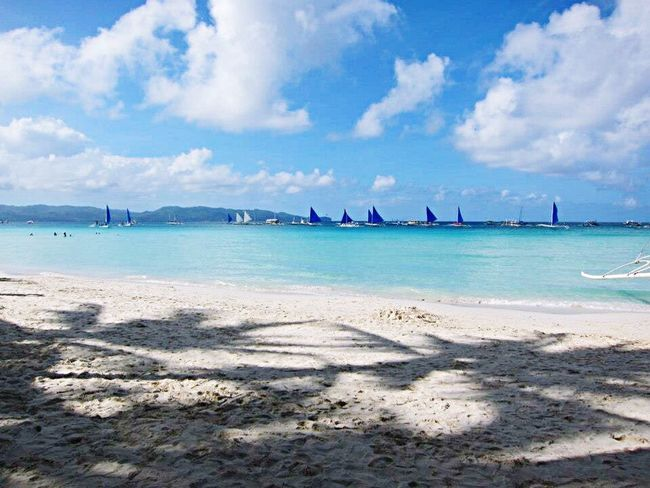 Taking Photos Enjoying Life Relaxing Traveling Travel Photography Blue Sky Clouds And Sky Beautiful Beach Sea Sky WhiteSandBeach Boracay Boracay Philippines BoracayIsland Memories Landscape