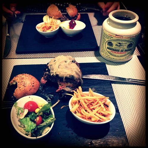 What's For Dinner? Hamburger Artesan