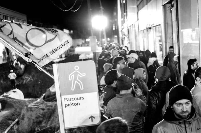FLASH NEWS - legalisation started today , interresting to see a huge social changement one day in our life , we part of the history now . . Youth Culture Notes From The Underground Black And White Legalizeit Streetphotographers Blackandwhite Photography Crowded Journalism EyeEm Best Shots Photography Streetphoto Blackandwhite Film Fuji FUJIFILM X-T2 Fujifilm_xseries Fujifilm Streetphoto_bw Streetphotography_bw Streetphotography Montréal Weed Streetphotographers Communication Text Sign City Illuminated Night Large Group Of People A New Beginning