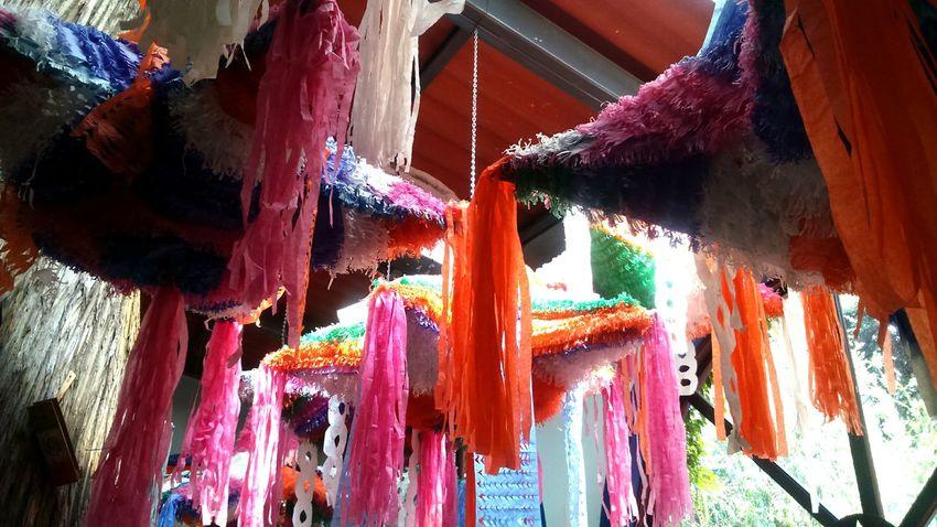 Piñata mexicana Hello World