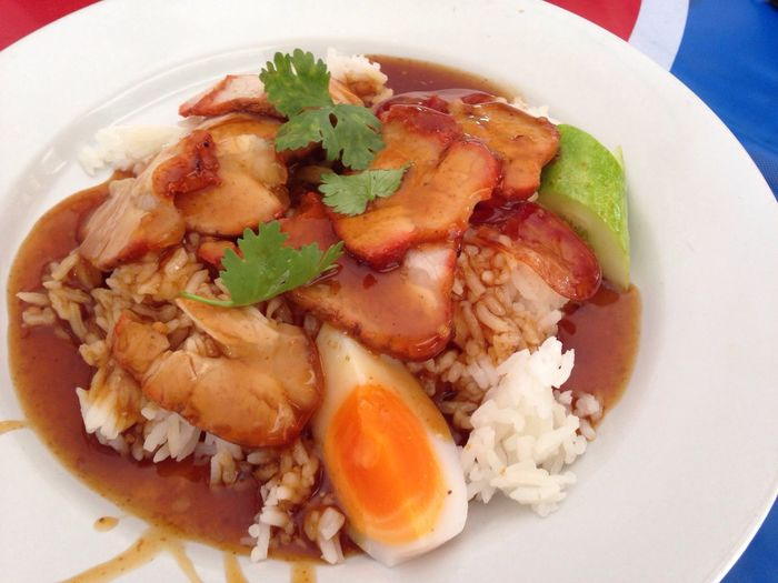Roast pork with rice Roast Pork Lunch Thai Style Pork With Rice Red Sauce Thai-Chinese Style Nonthaburi Food Drink 13:00 Late Lunch