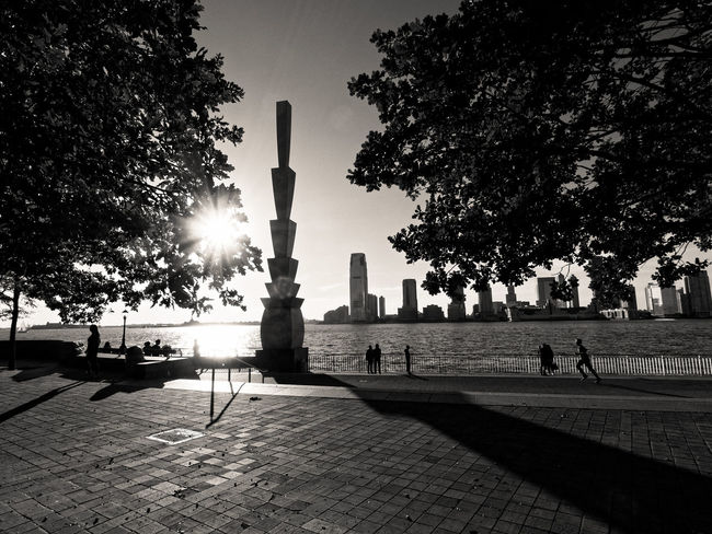 Tree No People Silhouette War Memorial City Outdoors Sky Military Day Zörk Built Structure Travel Destinations City New York