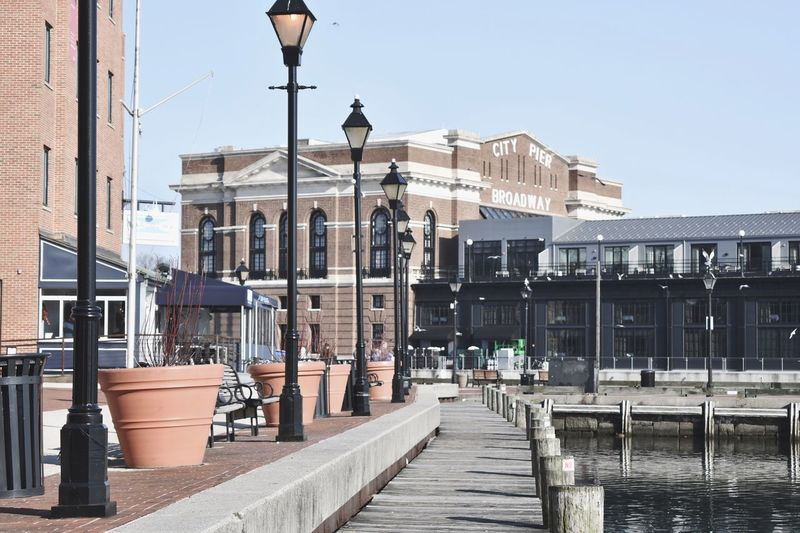 Fells point atmosphere ♡ : I♡SD My Fave Pier Lovers Harbor EyeEm Gallery EyeEm Best Shots Fells Point Maryland Streetphotography Maryland Historical Building Architecture Built Structure Building Exterior Sky Street Light Street Clear Sky Building City