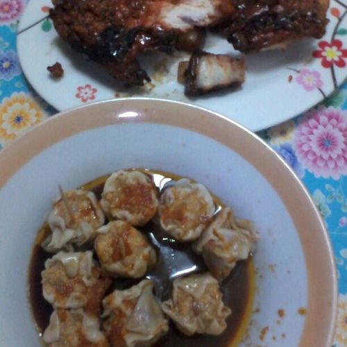 siomai and chicken inasal! Yummy Sizzlinghotsauce Fordinner