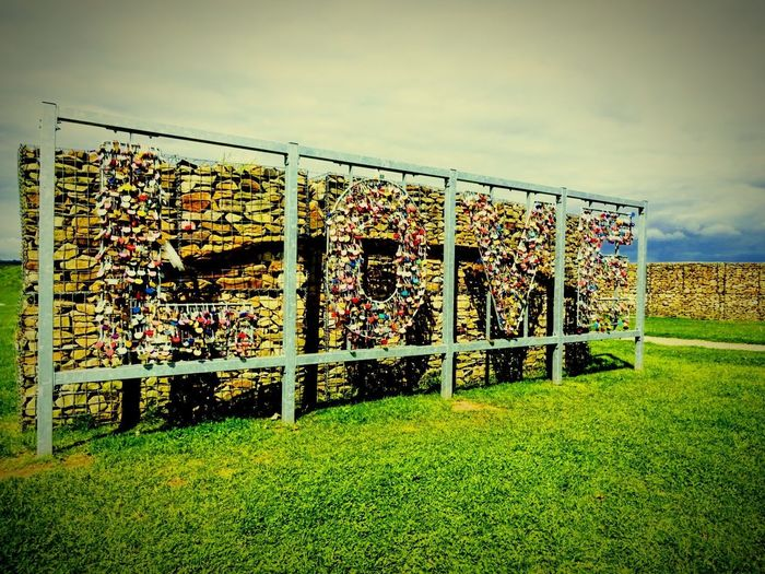 Love Live Gretna Green Scotland Art No People Outdoors Grass Padlocks Beauty In Ordinary Things Mobilephotography Expression Community Day Words Language Love❤ Shadow Be. Ready.