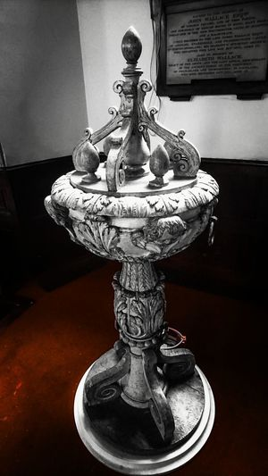 Indoors  Close-up Religion Me, My Camera And I Design Church PhonePhotography London Mobilephotography Indoor Photography Place Of Worship Baptismal Font Baptise Sculpture Marble Intricate Catholicism Desıgn Spirituality Covent Garden  No People Spiritual Marble Stone
