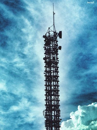Urban Landscape Urban Geometry EyeEm Best Shots Sky My Sky Obsession... Antenna