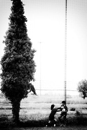 (play) Taking Photos Check This Out Lovenoir Bnw_collection Black And White Enjoying Life Blancoynegro Bw_ Collection Black And White Collection  Blackandwhite Photography Monochrome_life Blackandwhite Monochrome Bw_collection Photography Check This Out Taking Photos Fine Art Photography Fine Art Rugby TIME RugbyIsLife Rugby Rugbytown