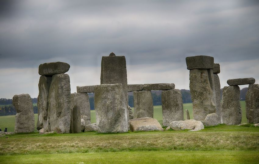 Stonehenge Memorial Ancient Cloud - Sky Day Grass History Memorial Nature No People Outdoors Sky Stonehenge The Past