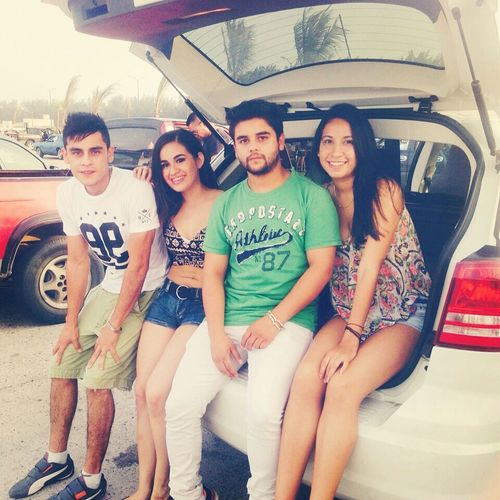 Beach time with the best company.. my friends! Mexico City Tampico Beach Enjoying The Sun Sunshine Bestfriend