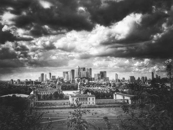 A view from Greenwich, London. Skyscraper Architecture Cityscape Cloud - Sky Urban Skyline City High Angle View Dramatic Sky Downtown District Sky Landscape Greenwich,London London Docklands Modern Storm Cloud No People City Landscape City Scape City Greenery LONDON❤ Clouds And Sky Cloudporn Cloud Formations Outdoors The Week On EyeEm