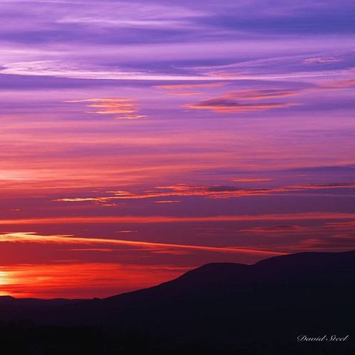 """Another Sunset from last week from High Bonnybridge. ISO 100, f18, 8""""sec. Sky_sultans Princely_shotz Skyporn Ig_shutterbugs Igbest_shots Ig_captures Ig_supershots Loves_Scotland BonnieScotland Ig_landscapes Bnw_captures Bnwscotland Insta_Scotland Ig_scot Special_shots Lanscape_lovers Ig_bliss Britains_talent Nature_shooters Nature_sultans Nikon_photography_nature Nikond7000"""