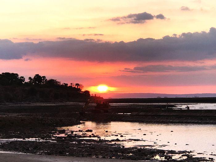 Sunset Lasianabeach INDONESIA