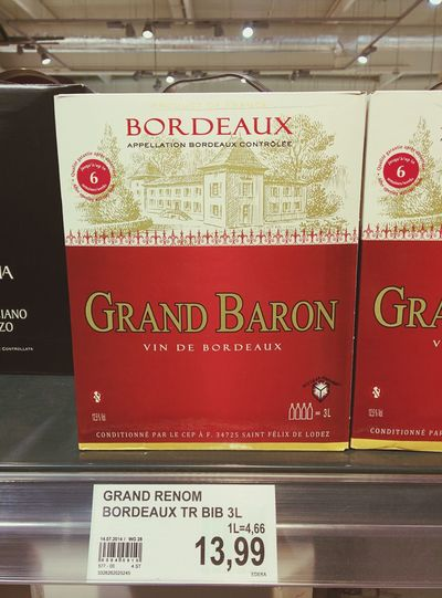 European Boxy (boxed wine) is so mich more classy than Aussie boxy.