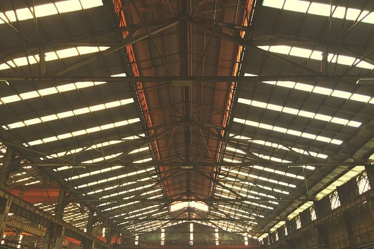 Workshop Roof Light Sun Light Through Roof Ceiling Low Angle View No People
