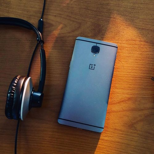 Daily Driver ShotOnIphone Oneplus3T Oneplus EyeEm Selects High Angle View Music No People Indoors  Close-up Arts Culture And Entertainment Technology Headphones