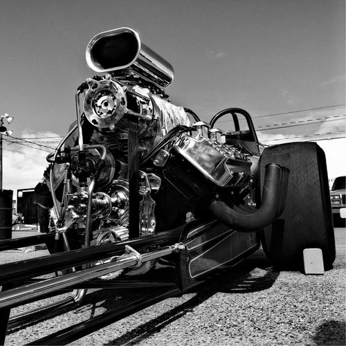 Vintage Style Dragracing Vintage Cars Low Angle View Vintage Car Race Car Racing Car NHRA Racing Motor Front Engine Dragster Engine Car Racecar Drag Racing Dragstripphoto Dragster Races Nhraracing Racing Cars Drag Race Racing Photography Race Day Carporn Race Track