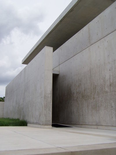 Exploring the Pulitzer Foundation Architectural Detail Architecture Architecture_collection Concrete Exploring Pulitzer Foundation Richard Serra Saint Louis Tadao Ando