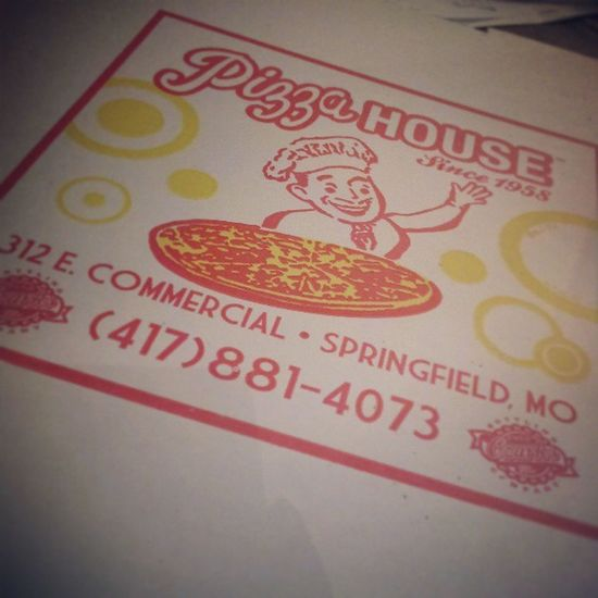 Nothing like a little Pizza House with my Derby meeting! Mmmmm... Derbyday Hopesertoma Pizzahousespringfield Commercialstreet