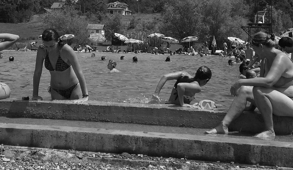Large Group Of People Women Leisure Activity Lifestyles People Togetherness Outdoors Adult Day Full Length Swimmers Females Only Three Females Your Ticket To Europe Eyeemphotography Week On Eyeem The Week On EyeEm EyeEm Eyeem Photo EyeEm Gallery EyeEm Best Shots Check This Out Blackandwhitephotography Black&white Black And White Collection  Paint The Town Yellow