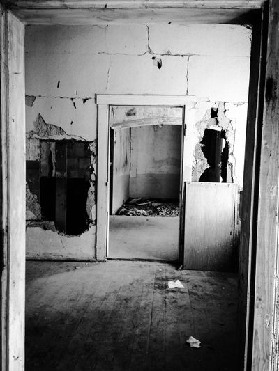 Abandoned Abandoned Places Abandoned Buildings Door Doorway Destruction Destroyed Destroyed Buildings Blackandwhite