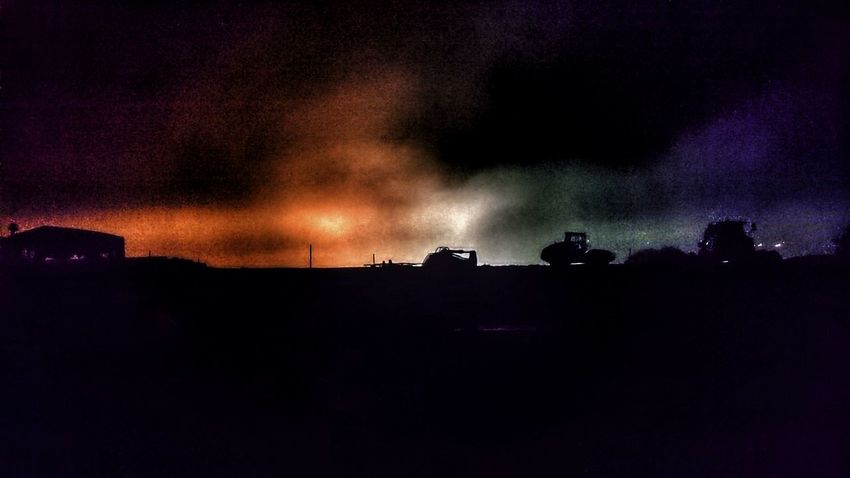 Newtown Powys Newtown Silhouette Toxic SkyLandscape Outdoors No People Night Shot For Friends That Connect  ForTheLoveOfPhotography Night Photography Backgrounds Construction Site Construction Sites AndroidPhotography Construction Background ByPass Construction Work Looks Like A Warzone Construction Machinery Town Nightlights Night Lights Night Androidography Sky Trucks🚛🚒🚚⚠