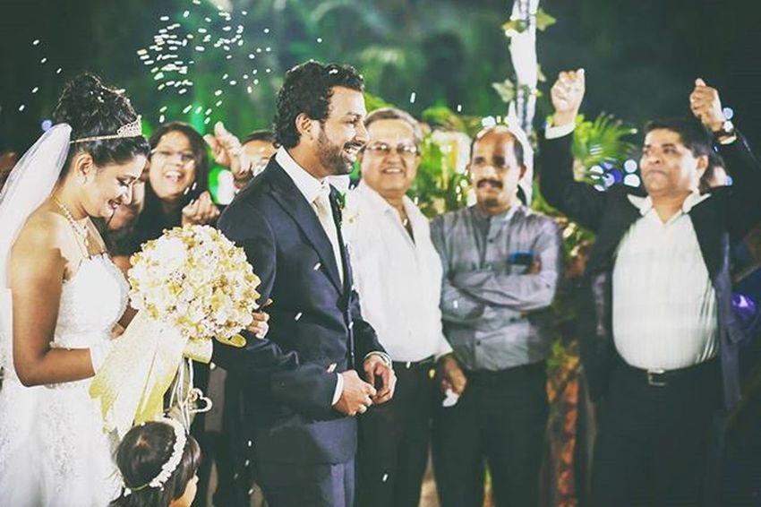 Jbclickz Fotomartin_mumbai Grandentry Weddingday  Weddingphotographer Candidmoments Blessings Smiles Happiness Bride