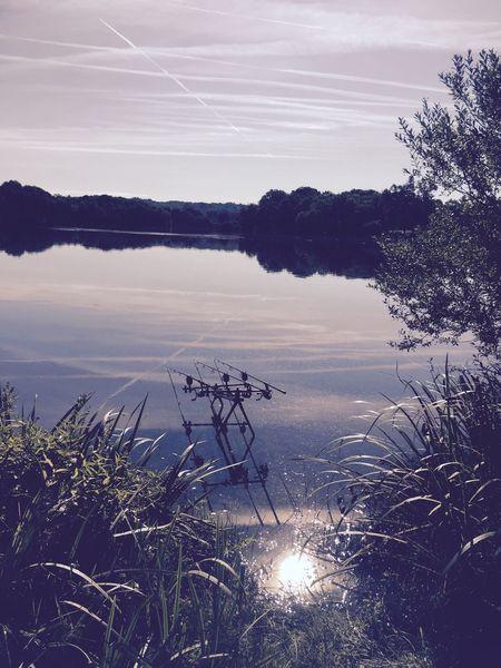 Things I Like pourquoi se moment .J'adore la pêche et sortir de sa tente et voir sa de bon matin nous rappelle se que dieu nous a offert.