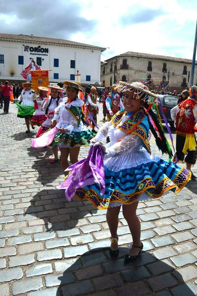 Hello World ✌Colors Of Carnival Colors Dress Hat Shoes Pattern Colorful Fashion Women Smile ✌ Traditional Dancing Sky Traveling Streetphotography EyeEm Best Shots Eye4photography