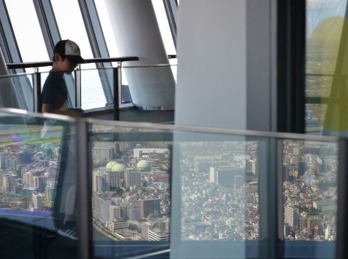 People Watching People Photography Tokyo Sky Tree Observatory Reflections Frame Within A Frame Frame In Frame Townscapes Capture The Moment Getting Inspired Reflection_collection EyeEm Best Shots