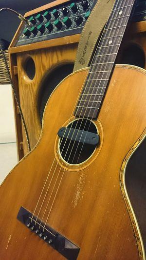 1930 Parlor Guitar