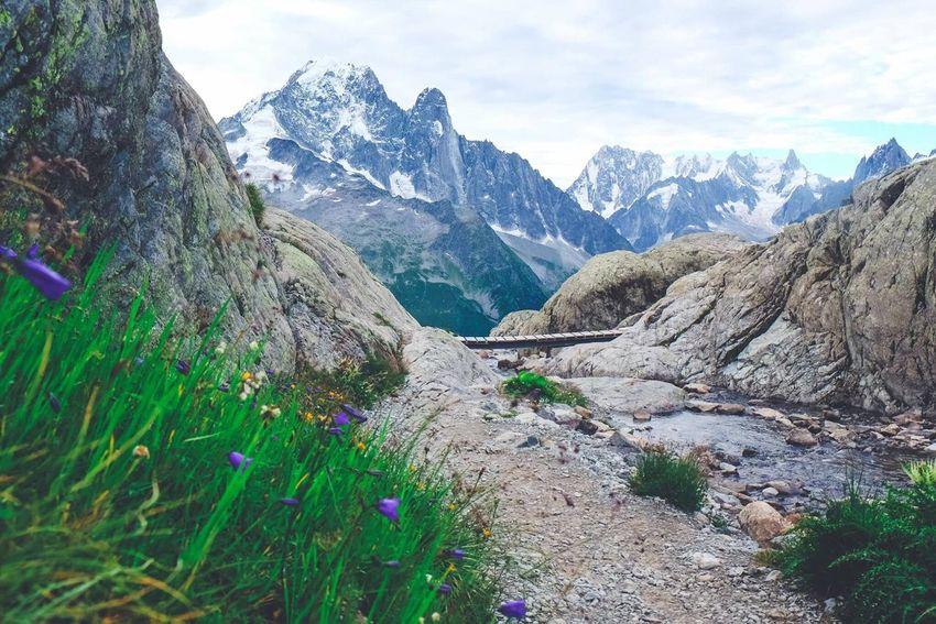 Mountain Nature Beauty In Nature Tranquil Scene Tranquility Landscape Roadtrip Randonnée Photography Photographer Chamonix-Mont-Blanc Montblanc Lacblanc Fujifilm Montagne FUJIFILM X-T1 Travel Destinations Sky Lifestyles