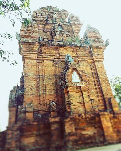 Po Klong Garai Old Ruin History Building Exterior Architecture Built Structure Travel Destinations Low Angle View Archaeology Outdoors Religion No People Place Of Worship Tourism Weathered Sky Ancient Day Ancient Civilization Cultures