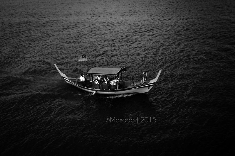 Into The Abyss Blackandwhite Edmoddygraphy Photography Malaysia Boat People Art Bestoftheday Check This Out Mybestshot