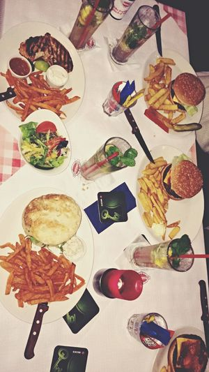 Chicago Meatpackers Fooding in Frankfurt Am Main 🍹🍔
