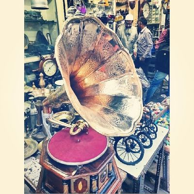 Bhendi Bazaar series - beautifully restored gramophone at Chor Bazaar ExploringBombay ExploringBhendiBazaar