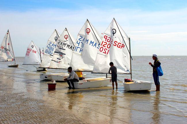 Fun Beach Day Family Day Hobby Men Outdoors Preparation  Sailboats Sea Seasports Sky Sunny Day Training Water