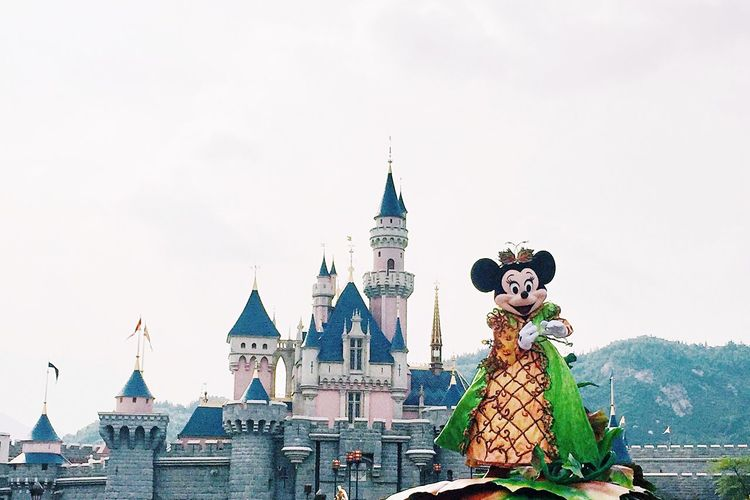 Happiest place on earth Disney Disneyland DisneyLandHongKong Minnie Mouse Clear Sky Famous Place Outdoors Tourism National Landmark